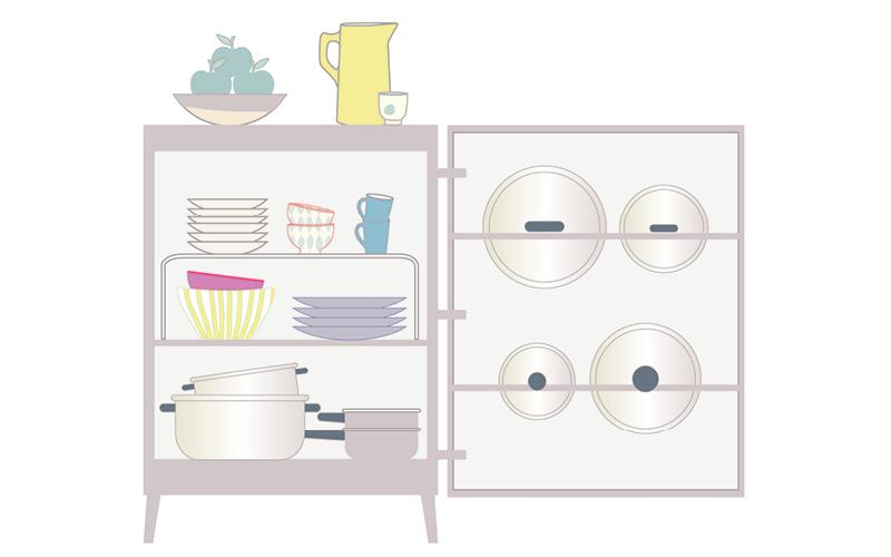 Trucos para organizar la cocina y el ba o y ganar espacio for Organizar armarios cocina