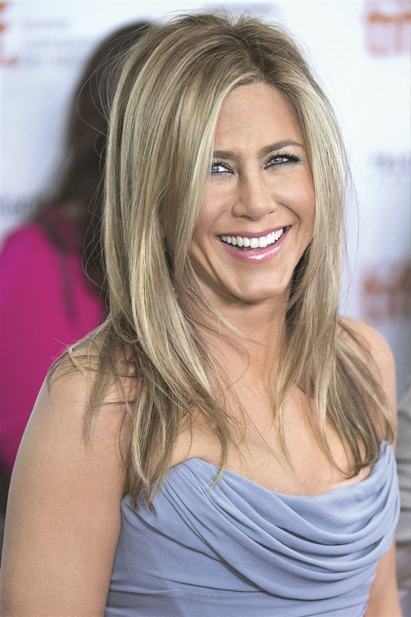 Pelazo celebrities Jennifer Aniston. Mechas siempre luminosas