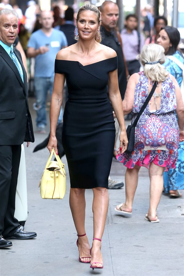 looks que adelgazan Heidi Klum. Heidi Klum, el little black dress