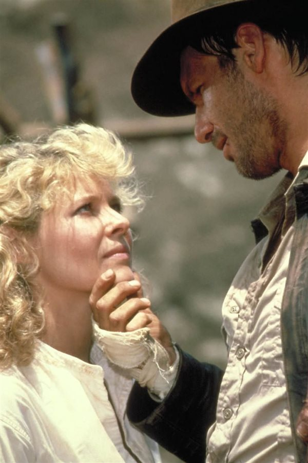 indiana jones harrison ford y kate capshaw. 6. Mandón