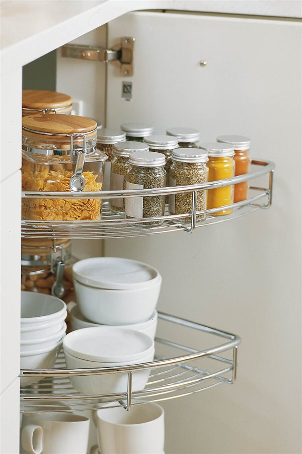 orden en la cocina baldas giratorias. ¿Cómo aprovechar los rincones  85dc86e28b15