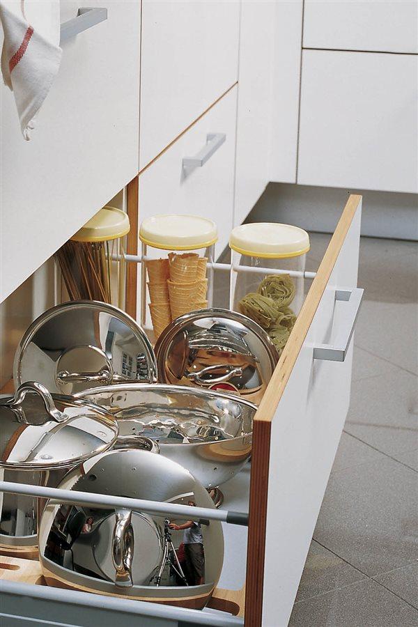 orden en la cocina cajon para ollas y cacerolas. ¿Qué hacer con las tapas cccf33d56344