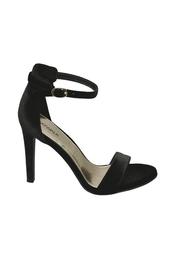 10f630d3be863 zapatos baratos otoño invierno 2018 low cost 02. Sandalias negras
