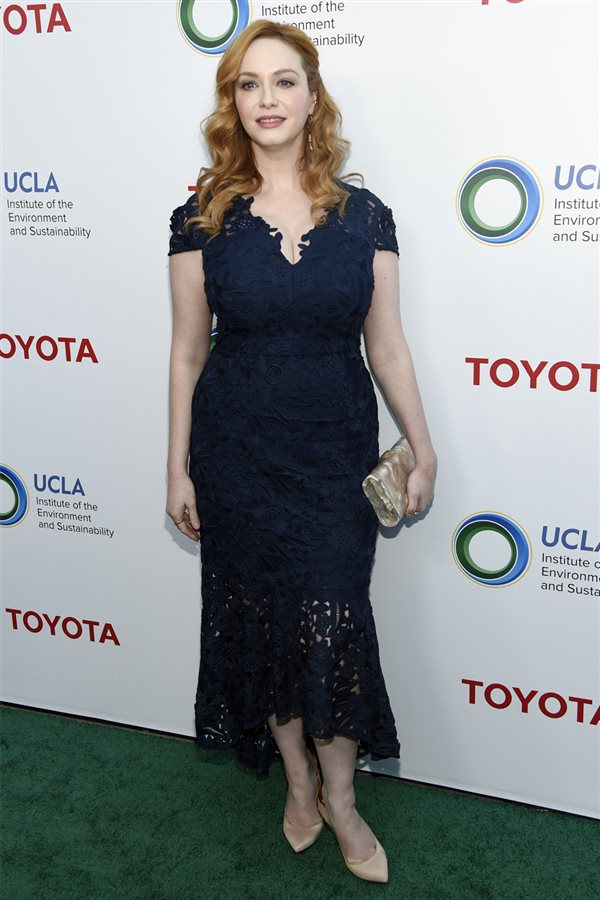 Talla real curvys Christina Hendricks. Christina Hendricks: talla 42