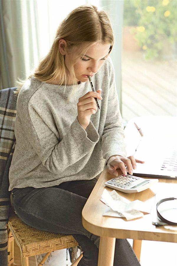 10 trucos de experto para ahorrar en tu factura de la luz - Trucos ahorrar luz ...