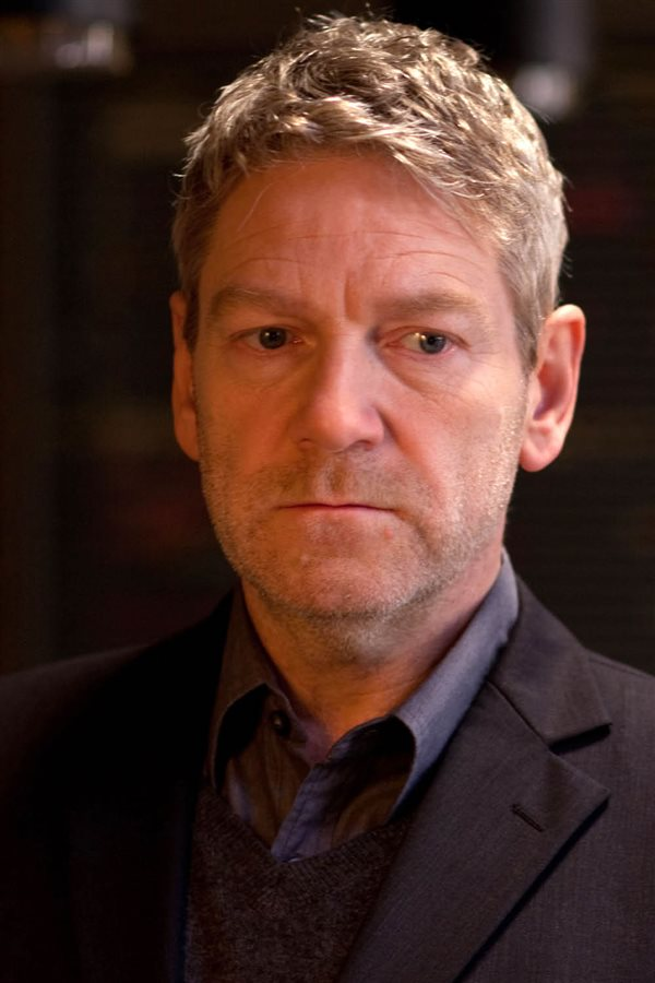 kenneth branagh jack ryan operacion sombra. No demasiado sensibles