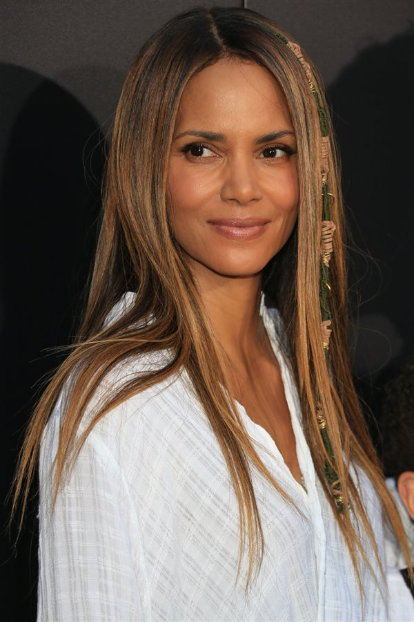 permanente Hale Berry liso. Halle Berry, ¿liso...