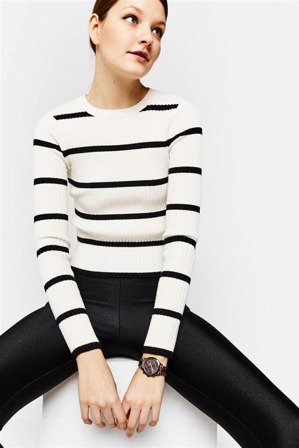 6c5c93124 nuevo tiendas ropa mujer navidad 2017 tendencias moda Bershka
