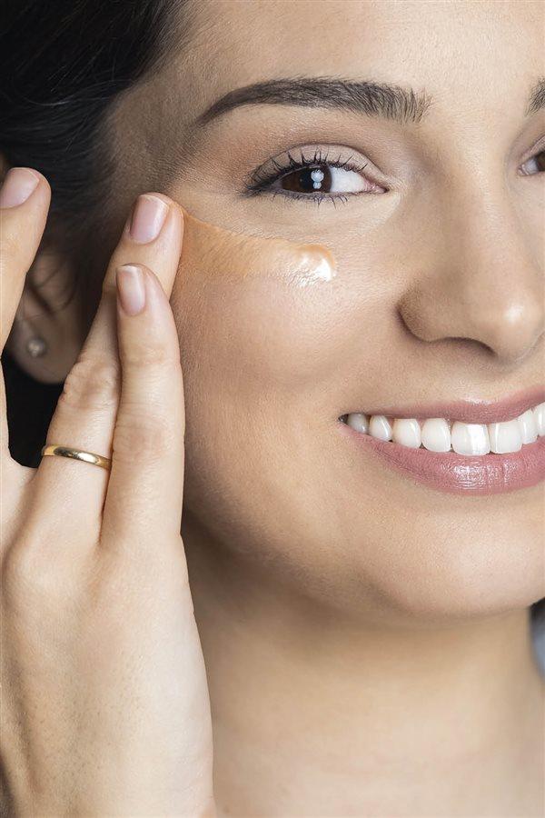 Cómo Utilizar El Iluminador En Tu Maquillaje