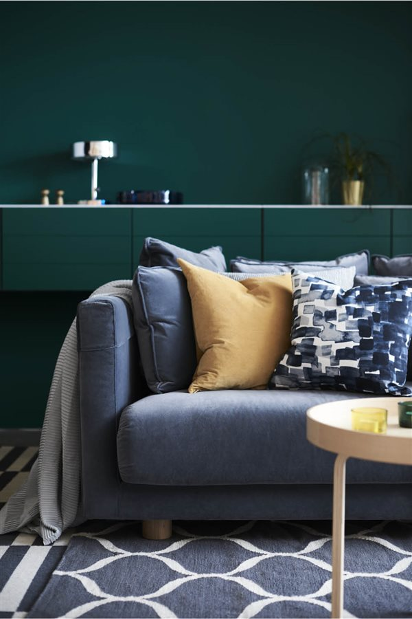 tendencias sofa 2018 ikea stockholm azul. Deep blue