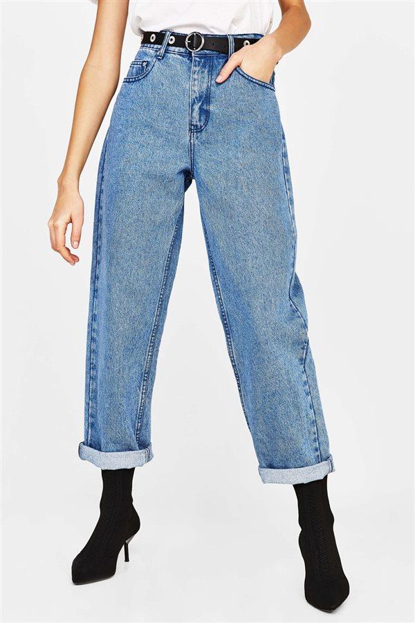 Nuevo en tienda  Tendencias de moda primavera 2018 en Zara 3730de029fb
