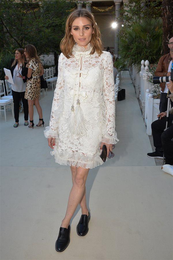 91c6e5475a zapatos planos Olivia Palermo 3. Minivestido blanco