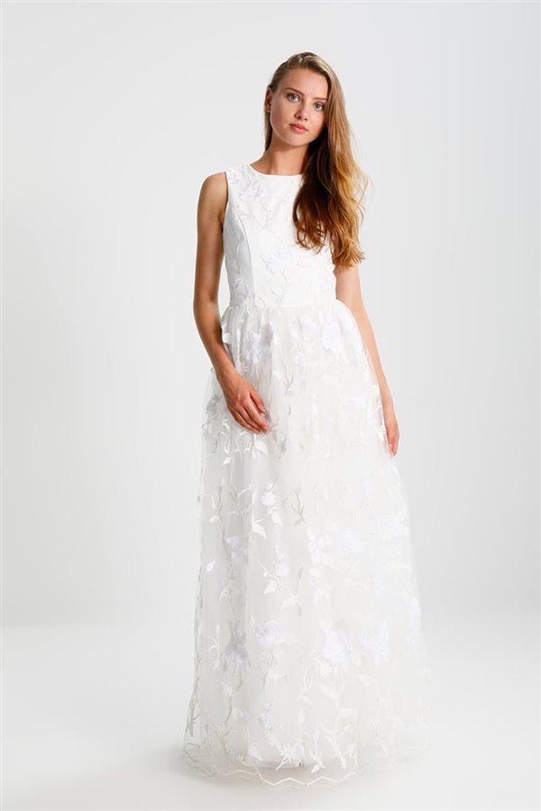 69717ff6fa 15 vestidos de novia baratos para ir perfecta el día de tu boda
