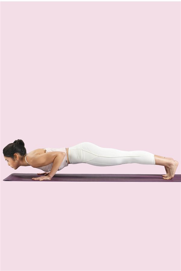 yoga en casa 3. Chaturanga