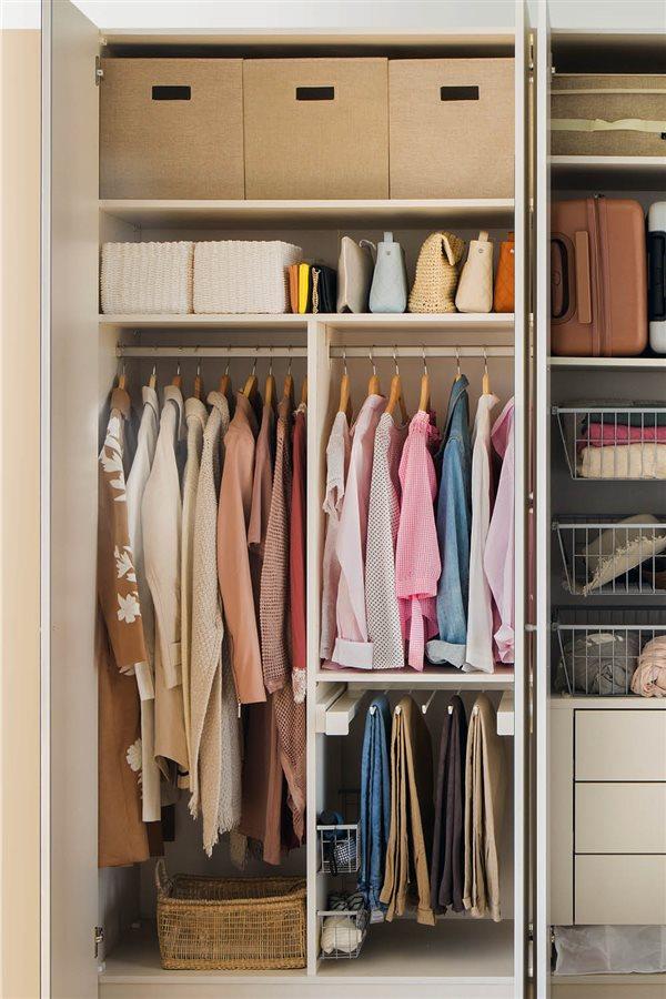 Trucos para aprovechar el espacio del armario - Barra colgar ropa ...