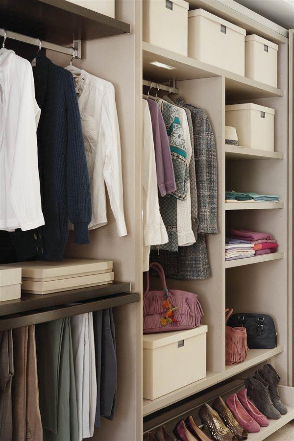 Trucos para aprovechar el espacio del armario - Armarios para ropa ...