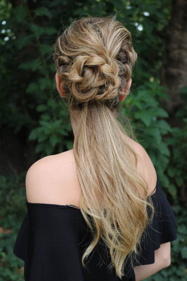 3 Peinados Con Trenzas Que Te Encantaran - Peinado-semirecogido-con-trenza