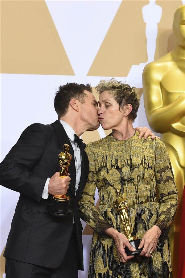 Oscars La Otras En De Muestras Y Gala 2018BesosAbrazos Amor sQhCtrd