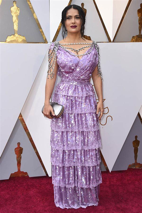 a491e155f3a Vestidos más sorprendentes de la alfombra roja de los Oscar 2018