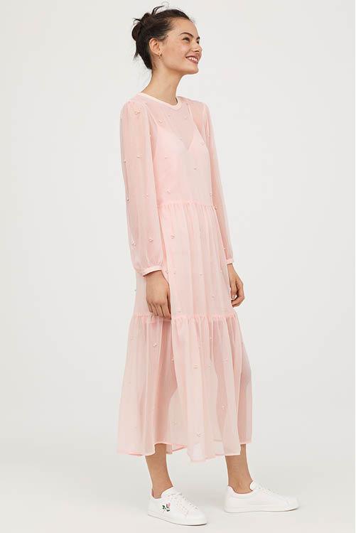 Los mejores vestidos largos de la temporada: Zara, Mango, Asos, H&M...
