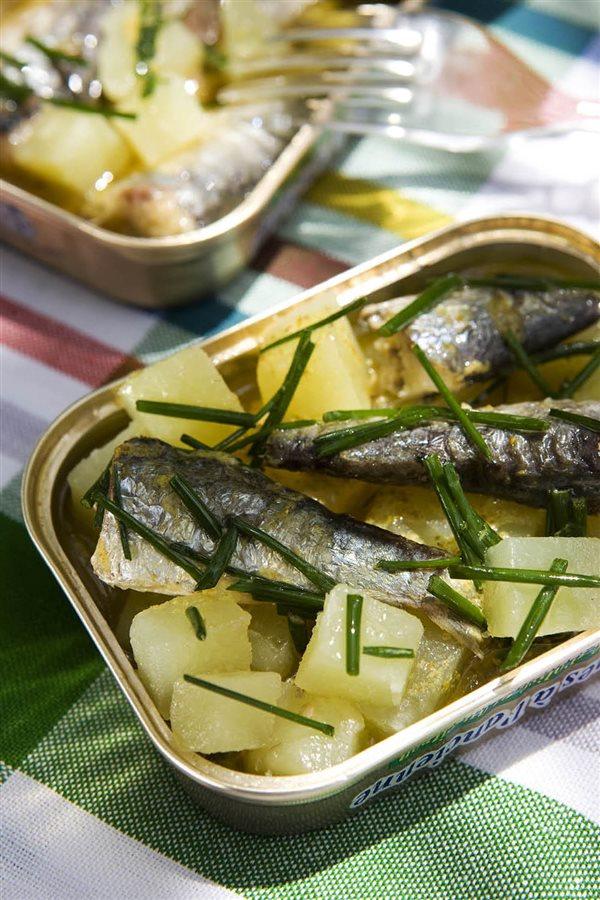 dieta de sardinas en lata
