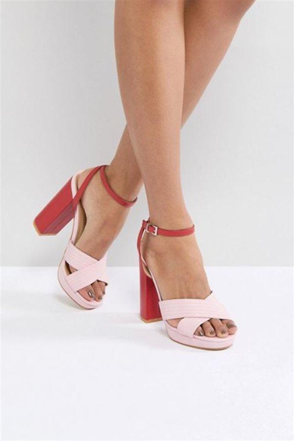 bc4ddb02 Cuando veas los modelos que hemos seleccionado saldrás corriendo a hacerte  la pedicura. Con estas sandalias querrás enseñar los pies ¡ya!