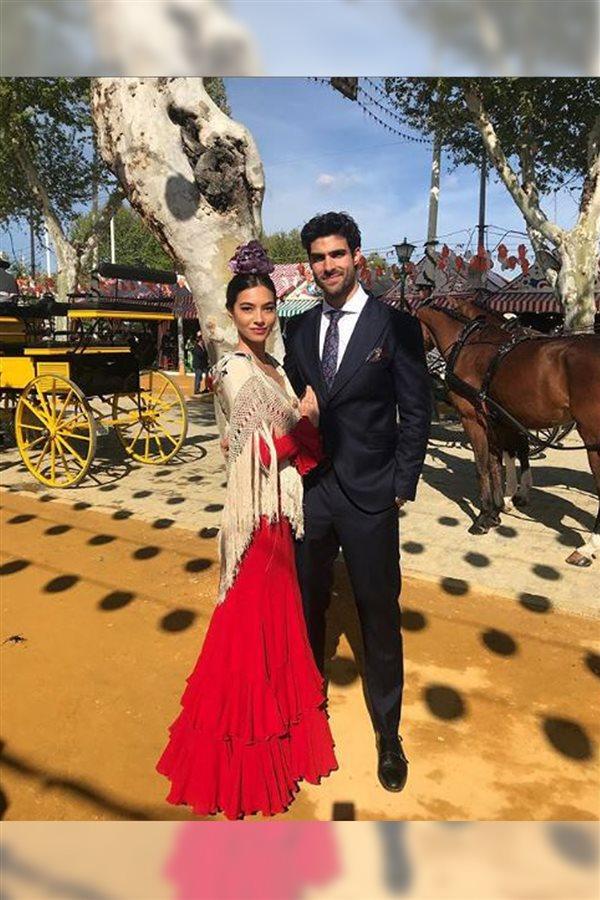 Los mejores looks con trajes de flamenca de la Feria de Abril 2018 092040a88f9