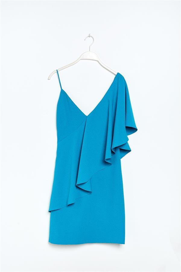 21797ec259 sfera vestido volante asimetrico azul turquesa. Vestido de invitada