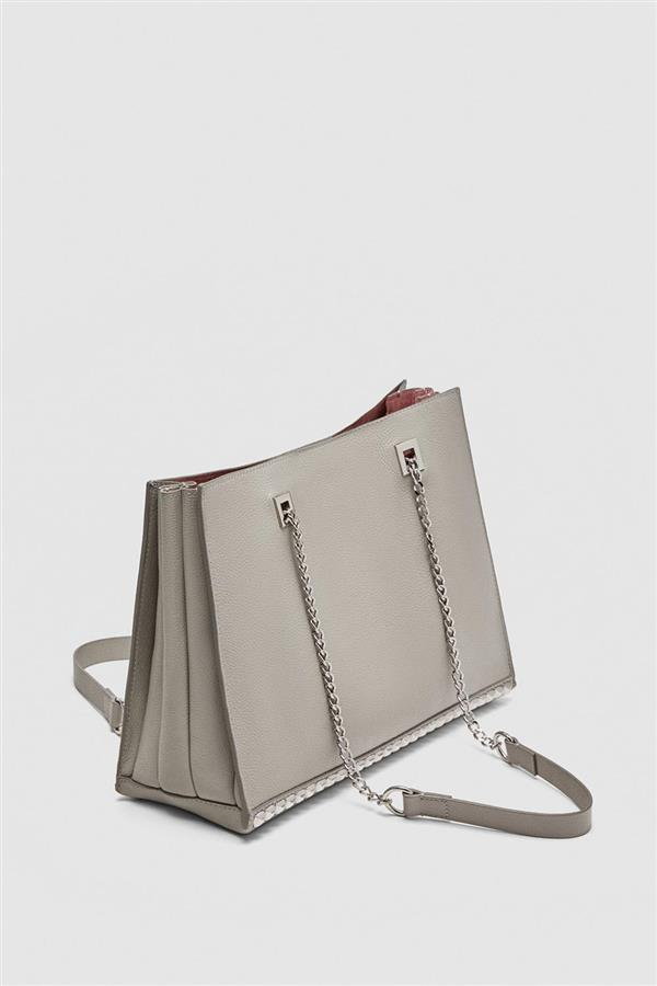 34 zara shopper de piel. Un shopping bag