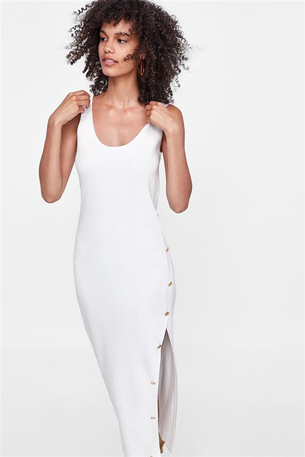 5 zara vestido midi punto blanco. Un 'little white dress'