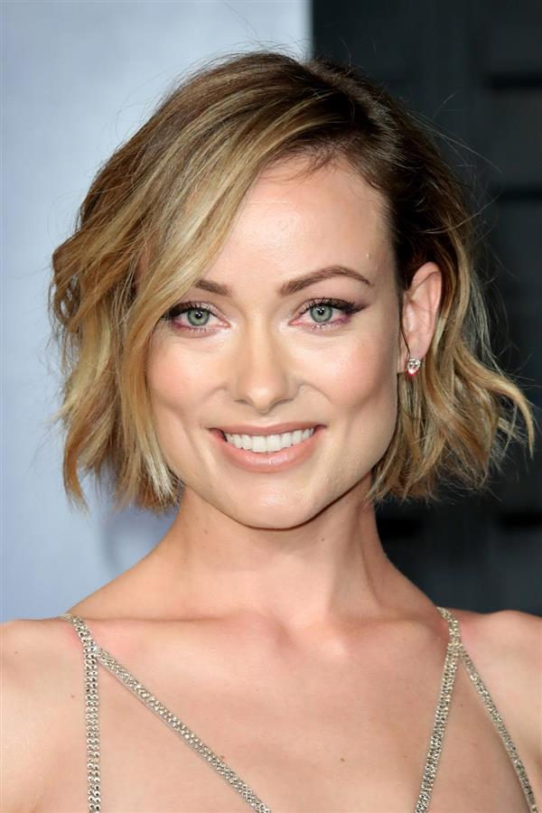 corte pelo tipo Olivia Wilde. Babylights vs. Californianas