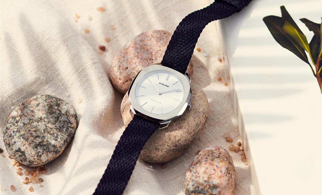 35f6b614a242 Los relojes de mujer más bonitos  Lotus