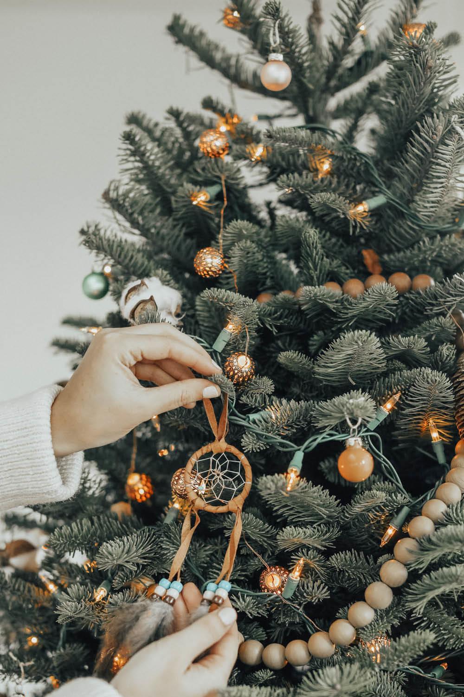 d33faa25768 decoraciones navideñas etnica bohemia arbol navidad. Cómo decorar un árbol  de Navidad