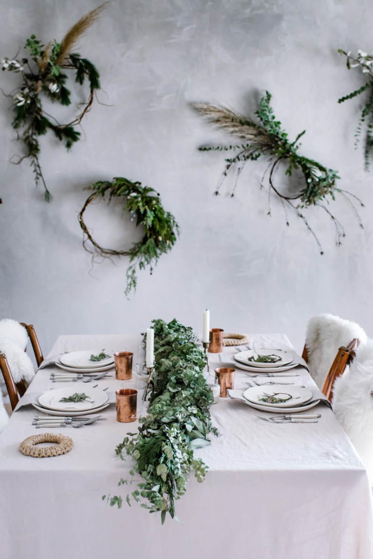 decoraciones navideñas rural corona navidad. Una mesa perfecta