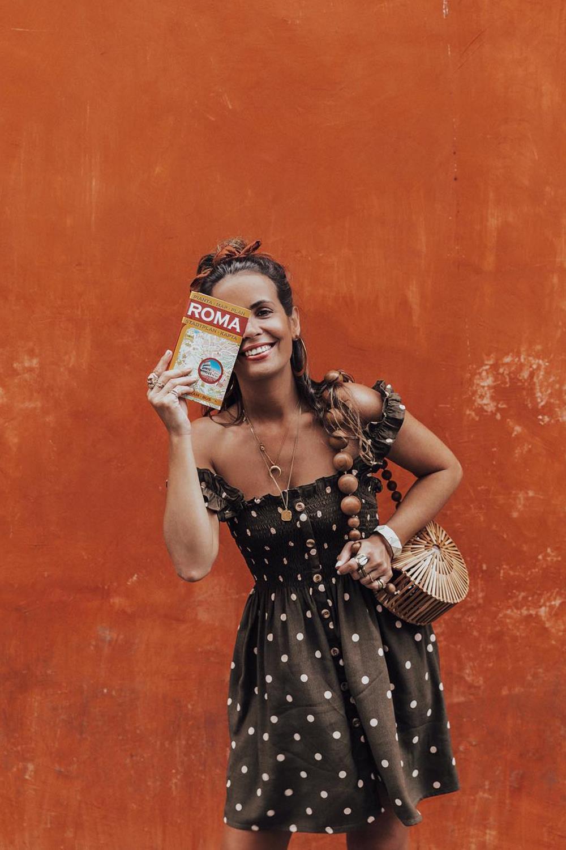 b136c7fe1 collage-vintage-lunares-vestido-marron. ¿Te atreves con el marrón