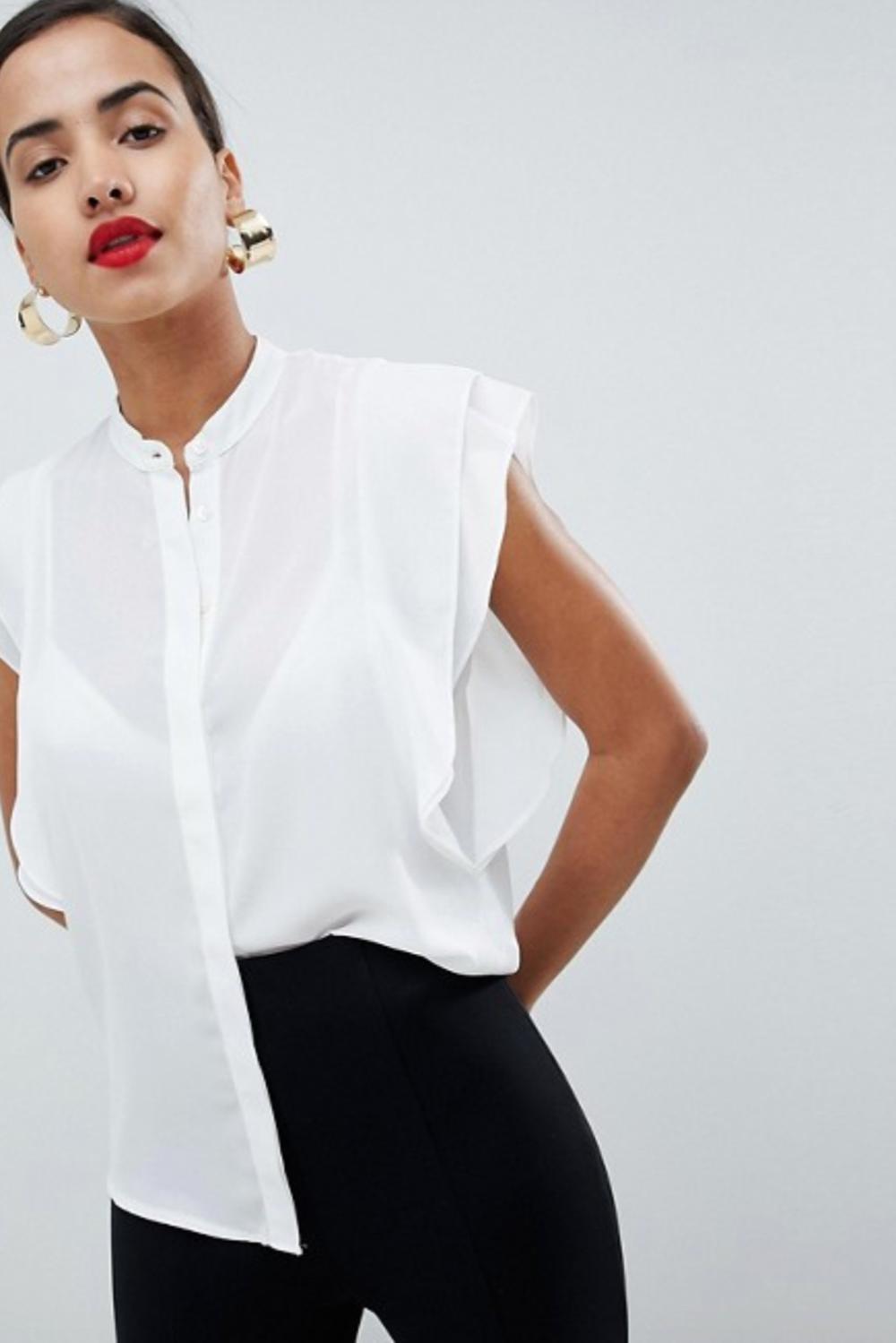 Elegante Blusa Blanca Y Tirantes. Camisa Clásica Blanca Para