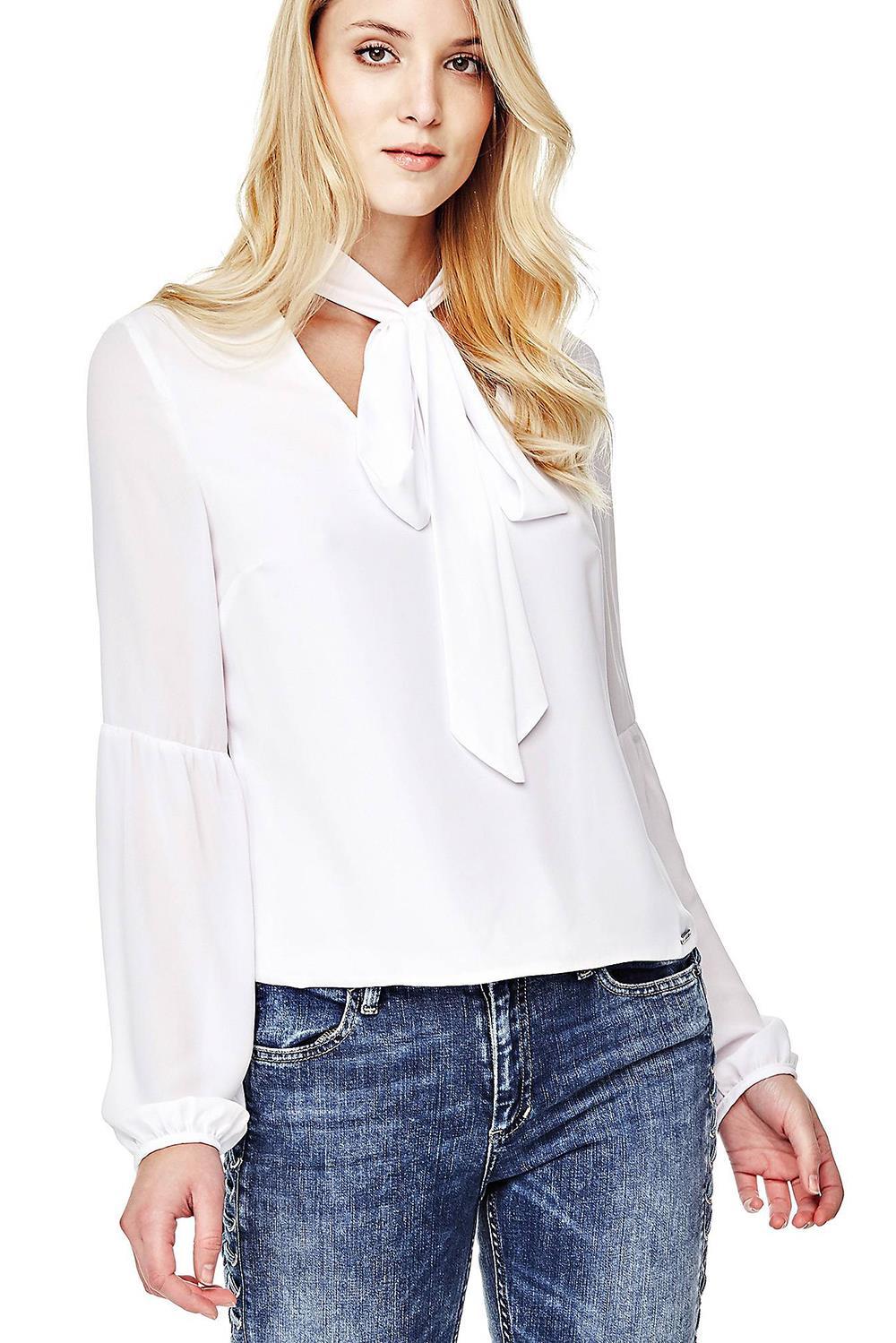c4faaa959de4 20 camisas blancas de mujer: Zara, Mango, Massimo Duti, Pull and Bear