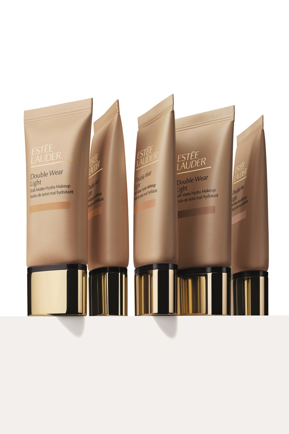 tendencias maquillaje otoño Estee lauder Double Wear Light Soft Matte Hydra Makeup. Piel dorada: rostro
