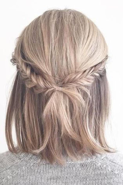 Semi recogidos cabello corto