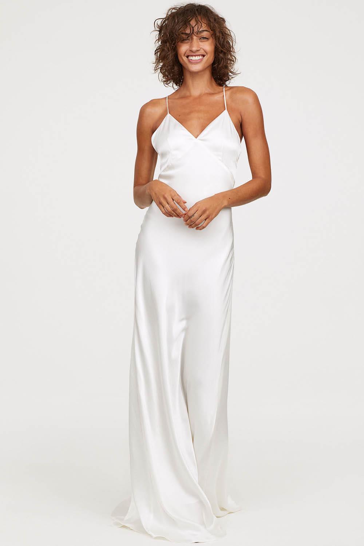 2ed3fcfd7 15 vestidos de novia baratos para ir perfecta el día de tu boda