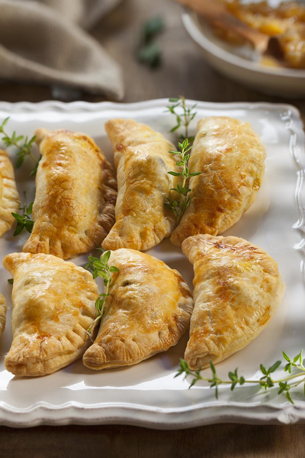 canapes navideños15. Empanadillas
