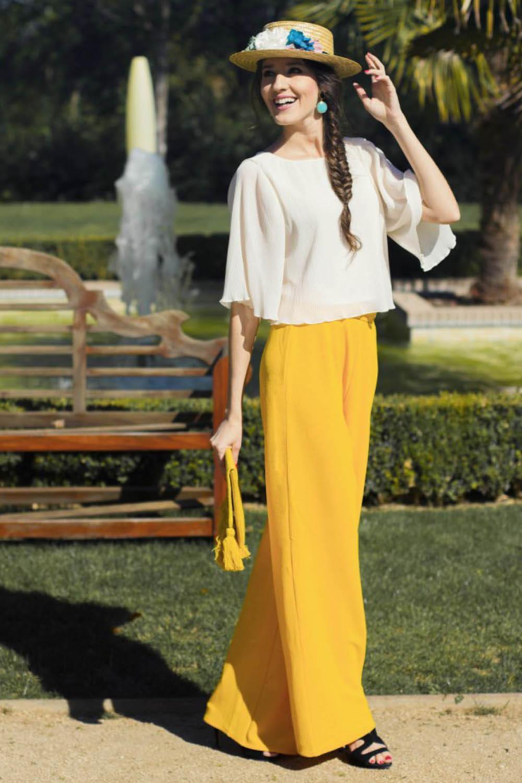 98456f70a Cómo llevar los pantalones palazzo a una boda y ser la invitada más ...