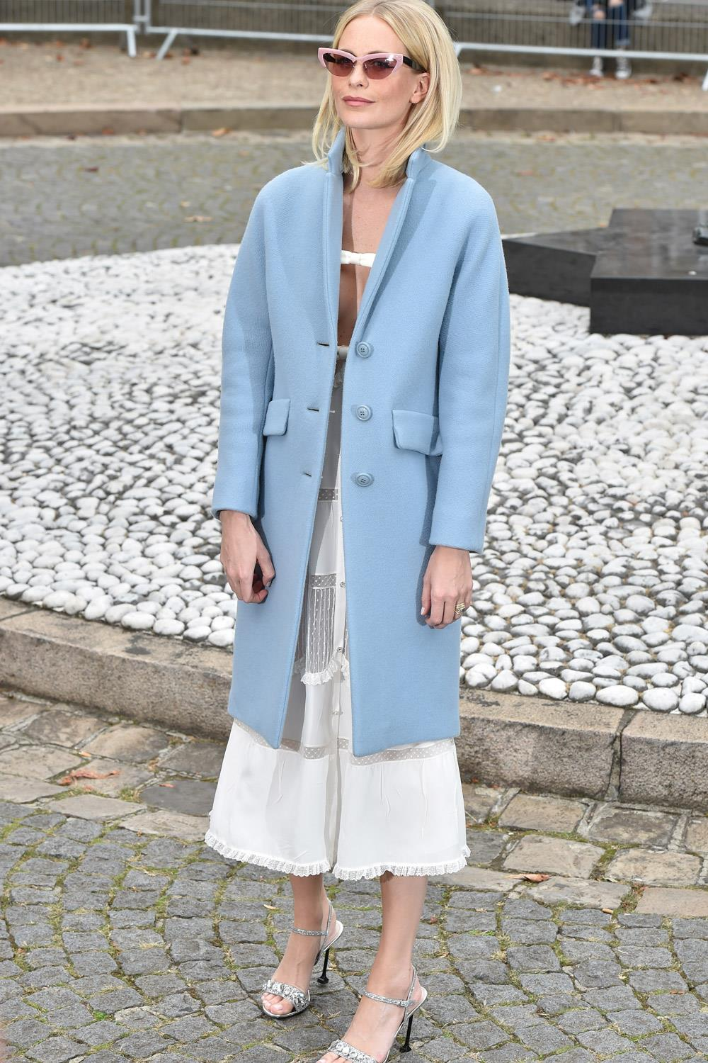 ropa madre looks influencers poppy delevingne. Corte clásico
