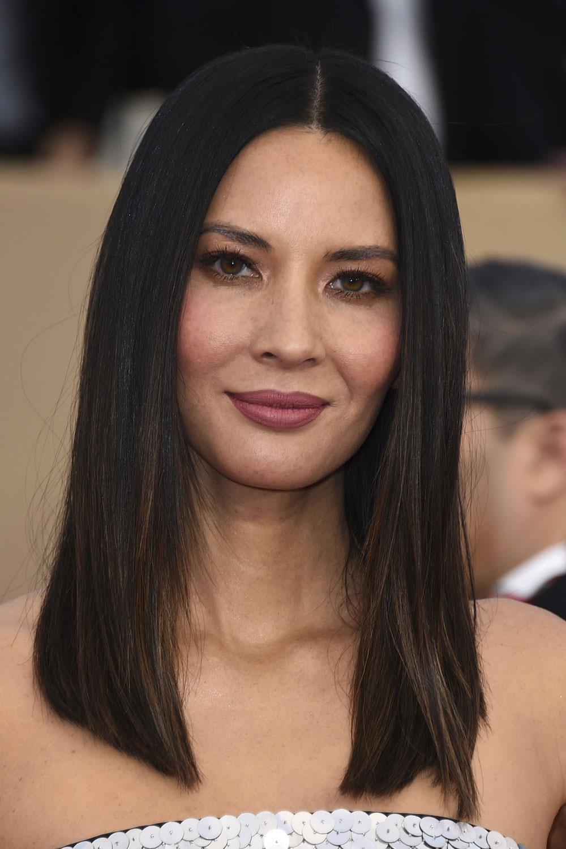 Corte de cabello de mujer en redondo