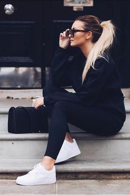 88aa33d29 zapatillas blancas mujer looks negro nike. Look para principiante