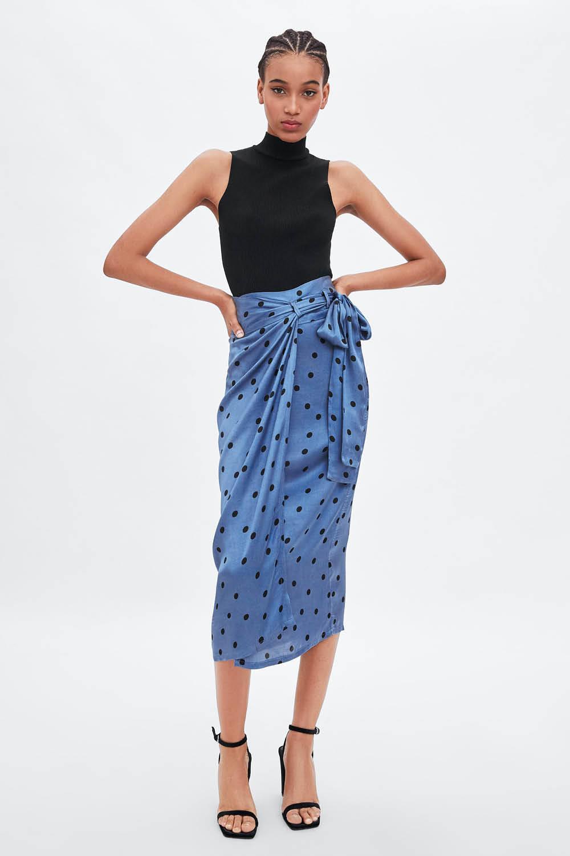 0e223bae93 Esta es la nueva falda viral de Zara que te sirve para una boda o ...