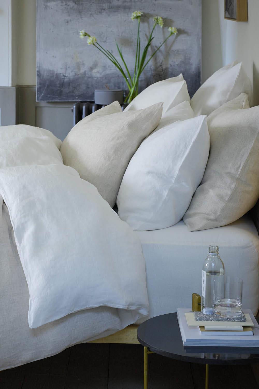 Zara Home Cojines Y Mantas.Con Esta Coleccion De Zara Home 2019 Te Sentiras Muy