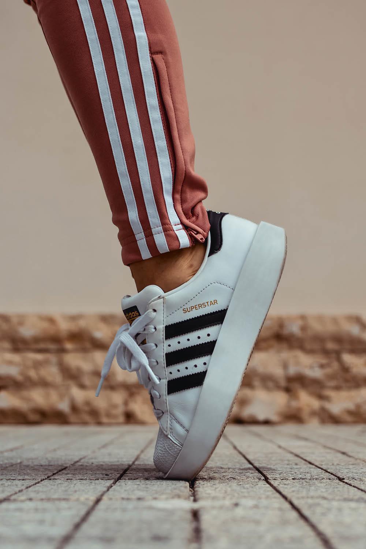993d521e4 zapatillas mujer primavera verano 2019 adidas superstar. Entre tanta  variedad... ¿cuáles