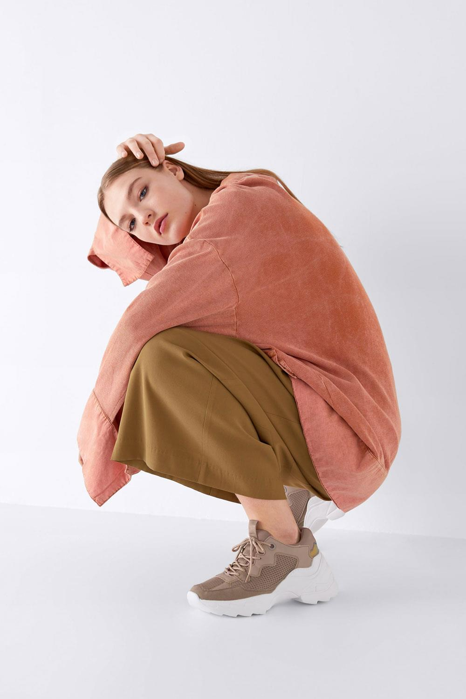 b7610eef3 zapatillas plataforma mujer primavera verano 2019 Zara