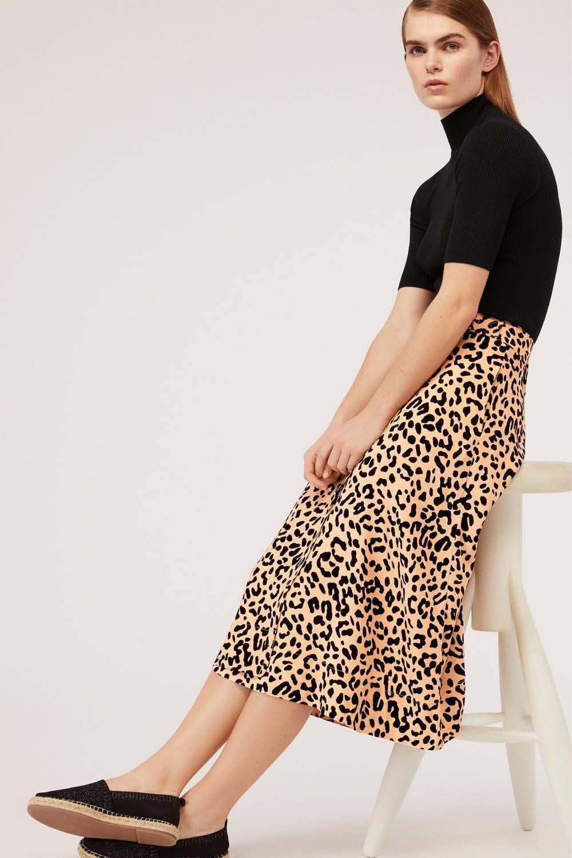 38083025e Oysho online: las prendas y los accesorios de moda más buscados